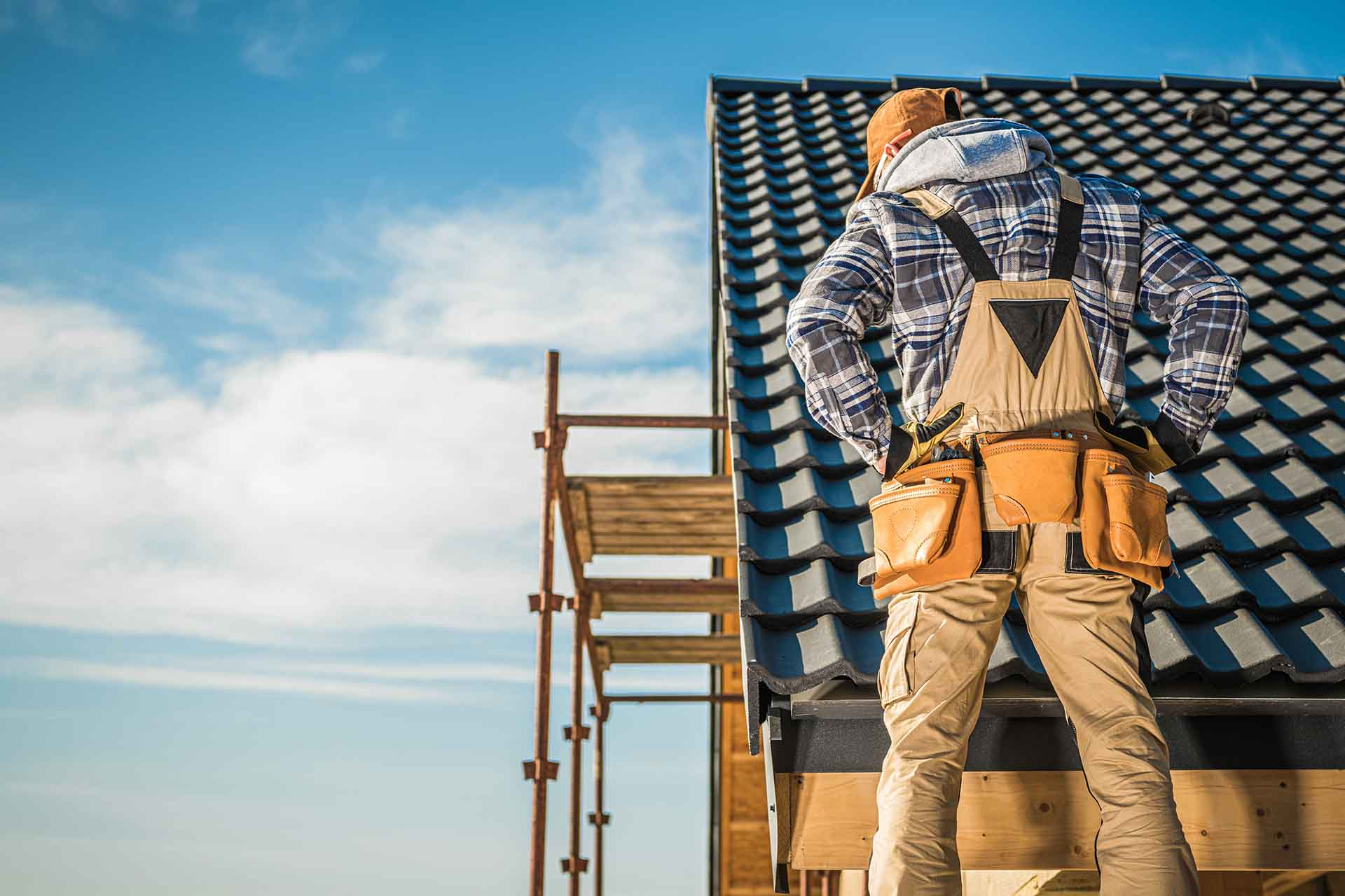 5 services offered by roofing contractors