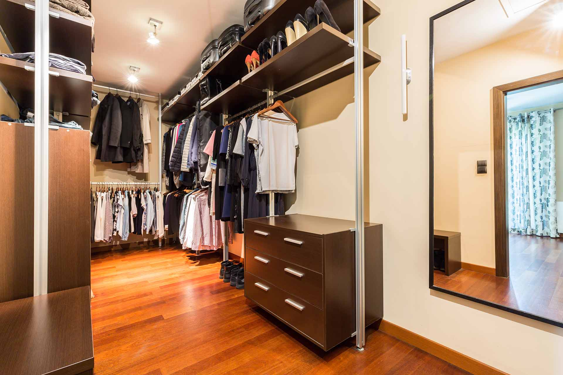 5 Reasons Why You Should Invest in a Custom Closet